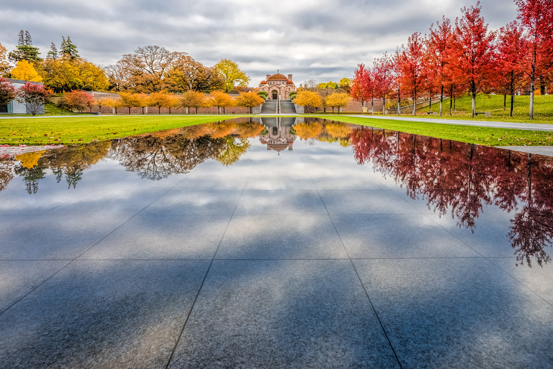 Lakewood Cemetery, Minneapolis Cemetery, Lakewood Memorial Chapel, Cemetery Reflecting Pool