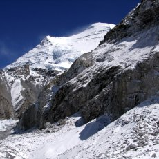 Comparing Hillary's and Tichy's ascents of Cho Oyu