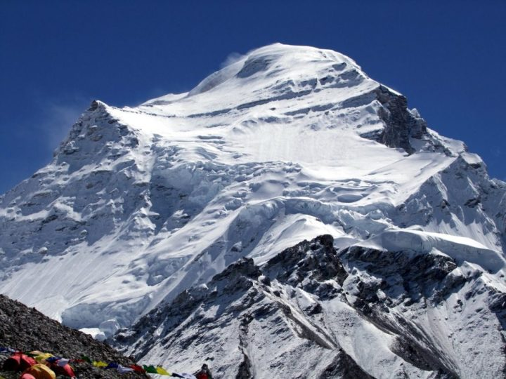 The North-West Face of Cho Oyu: Hillary described rock bluffs, a glacial cap, a twisting ridge, and ice cliffs