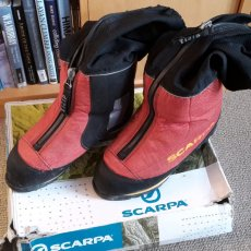 Win a pair of Scarpa Phantom 8000 boots that have been to the summit of Manaslu