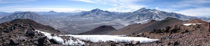Cerro Vicuñas summit panorama: Cerro Mulas Muertes (5,897m), Incahuasi (6,621m), Cerro El Muerto (6,488m) and Ojos del Salado (6,893m)
