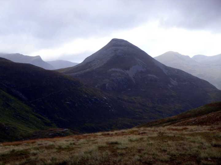 Binnein Beag from the Kinlochleven side at 5.30pm on a gloomy afternoon. Not inviting.