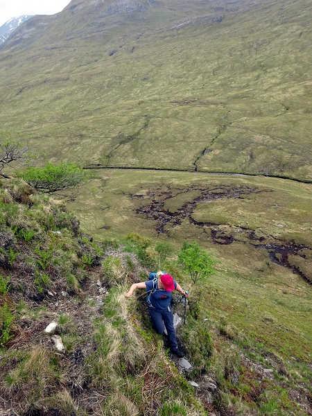 Scrambling back down into Glen Nevis on rough grassy slopes