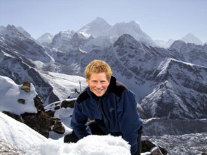 Prince Harry at Gokyo Ri, with Everest behind. Either that or its a badly Photoshopped picture of some other idiot.