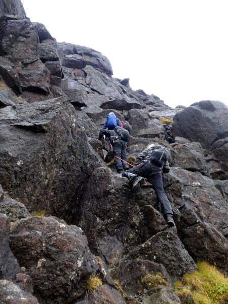 I wasn't sure my left knee would be able to cope with the sort of scrambling that I knew would by required in the Cuillins