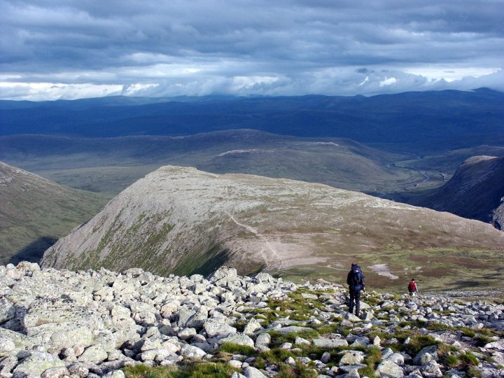 Descending to the Devil's Point from Cairn Toul on the Cairngorm plateau