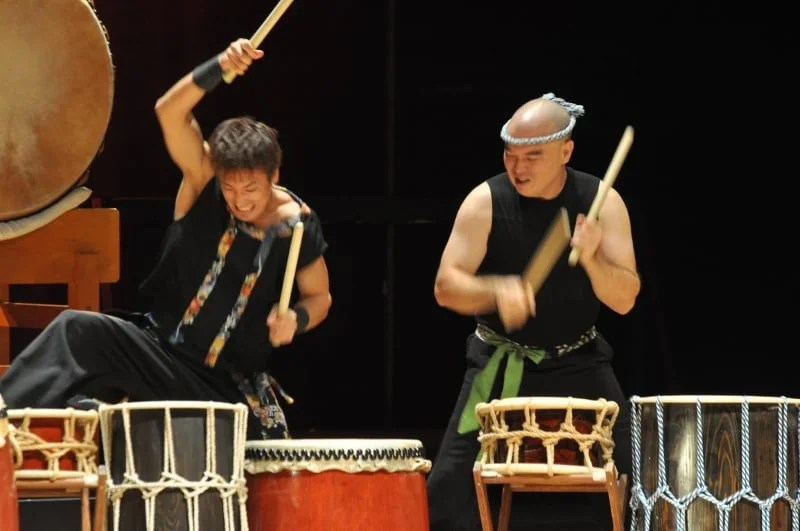 Ryo Shimamoto and Mark H Rooney