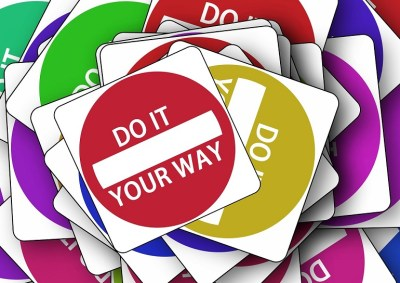 road-sign-one-way-street-note courtesy of Pixabay slider