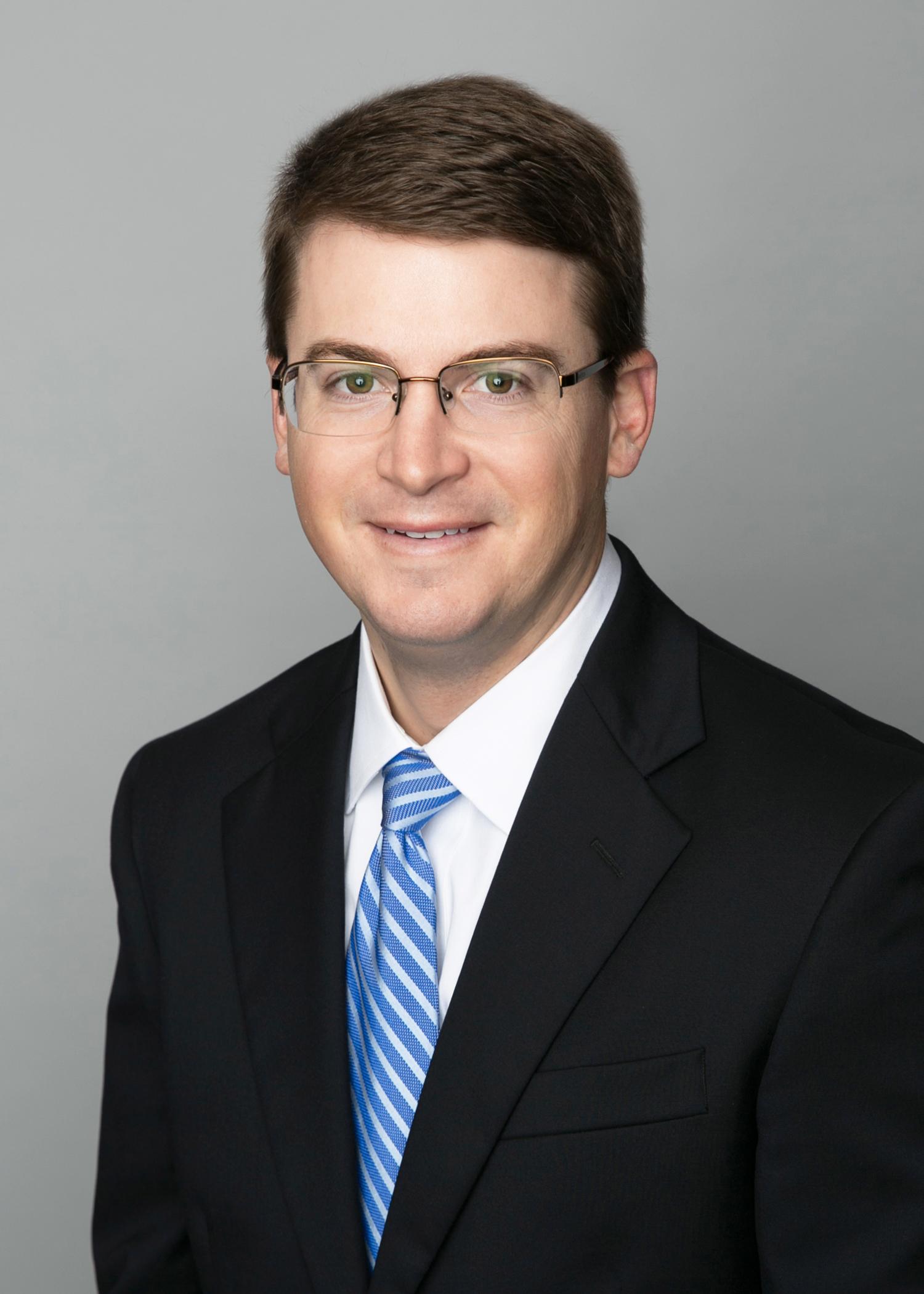 Headshot of Shareholder Tyler J. Oldenburg