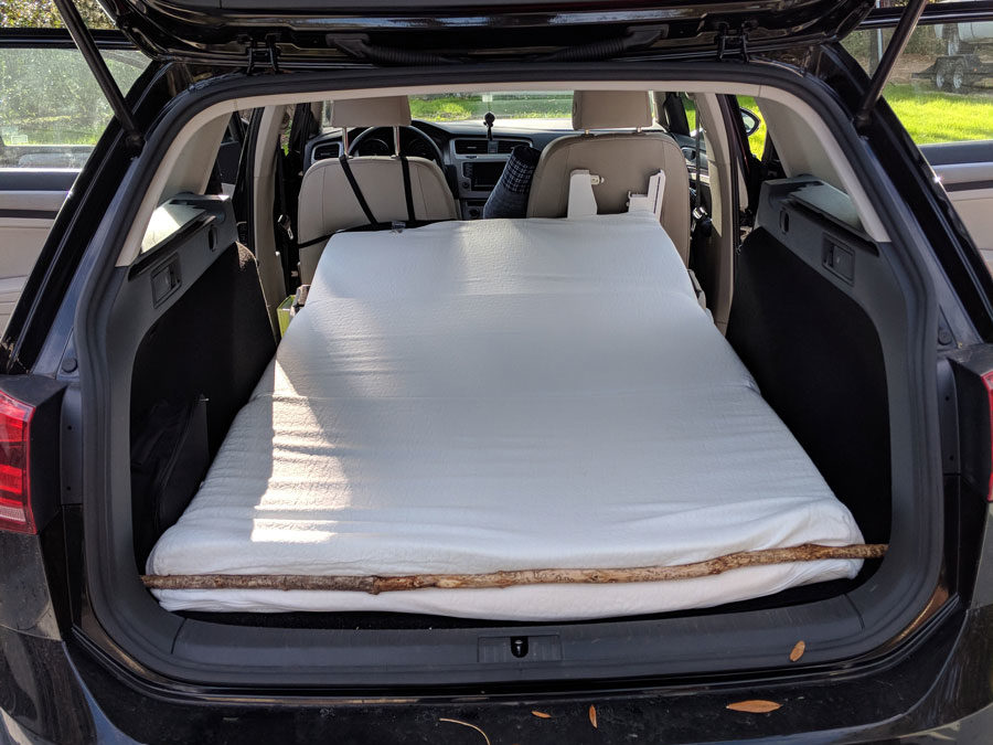 mattress in back of station wagon