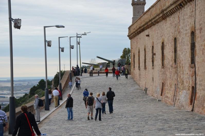 Kanonen im Schloss Montjuic Barcelona