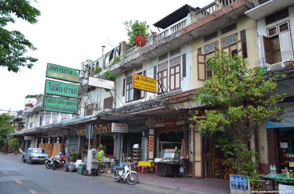 Bangkok Goldenener Berg Ladenstraße