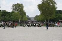 Blick auf den Louvre vom Jardin des Tuileries