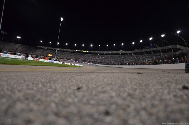 Der Asphalt des Richmond International RacewayDer Asphalt des Richmond International Raceway beim NASCAR Sprint Cup 2014