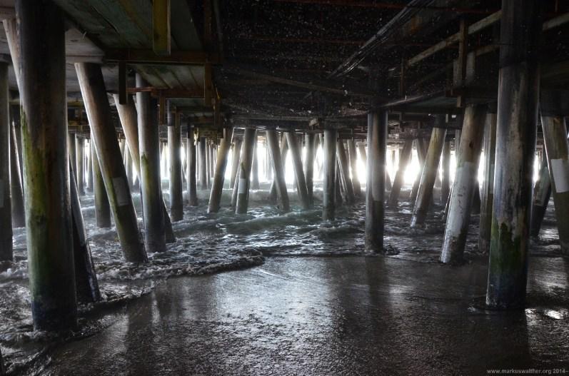 Unter dem Santa Monica Pier