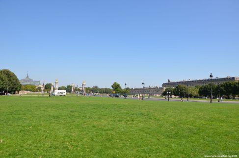 Blick auf Pont Alexandre III und Grand Palais