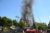 Brand in der Nähe des Dôme des Invalides