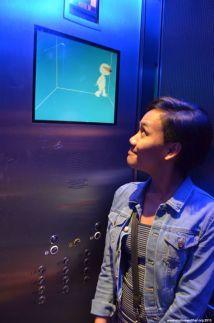 Im Aufzug des Tour Montparnasse