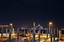 Anlegestellen bei Nacht