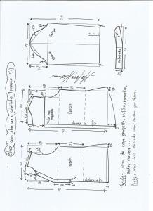 Esquema de modelagem de blusa com abertura e meio colarinho tamanho 54.