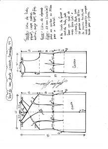 Esquema de modelagem de vestido tubinho com decote cruzado tamanho 56.