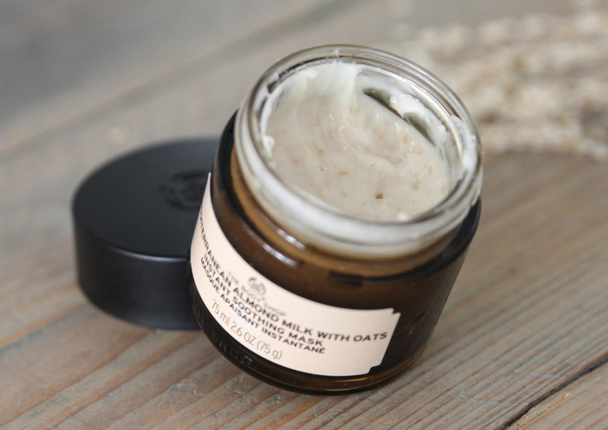 The Body Shop Almond Milk with Oats Gezichtsmasker