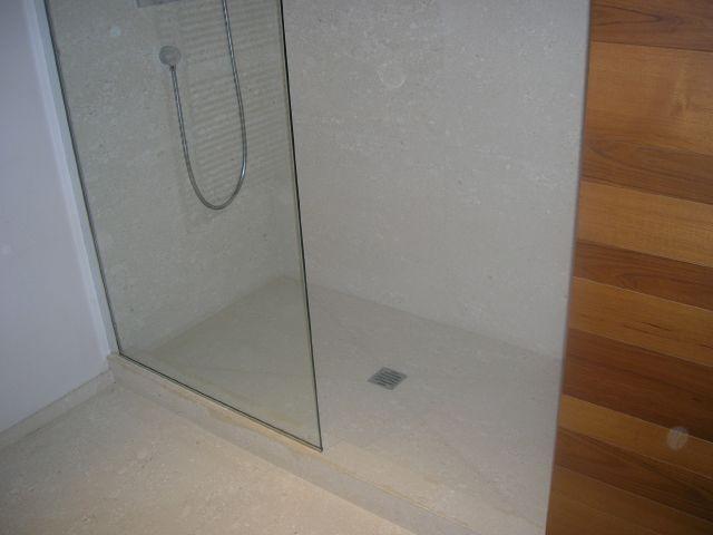 Piatti doccia e lavabi  Marmi Carrara