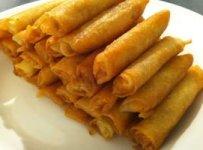 cigares aux amandes et miel plat marocain