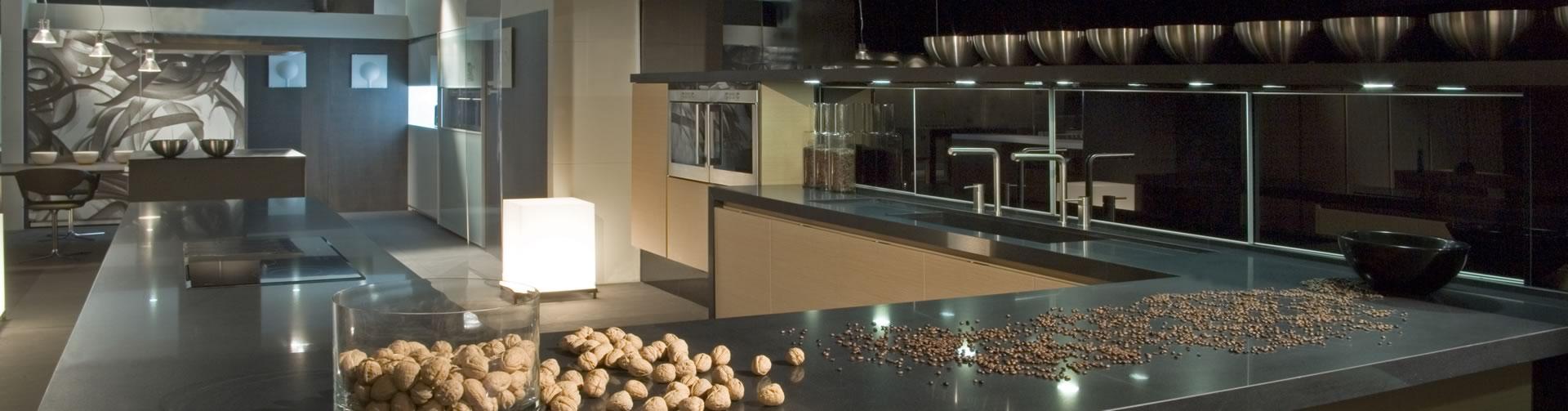 Cocina marrón de Silestone