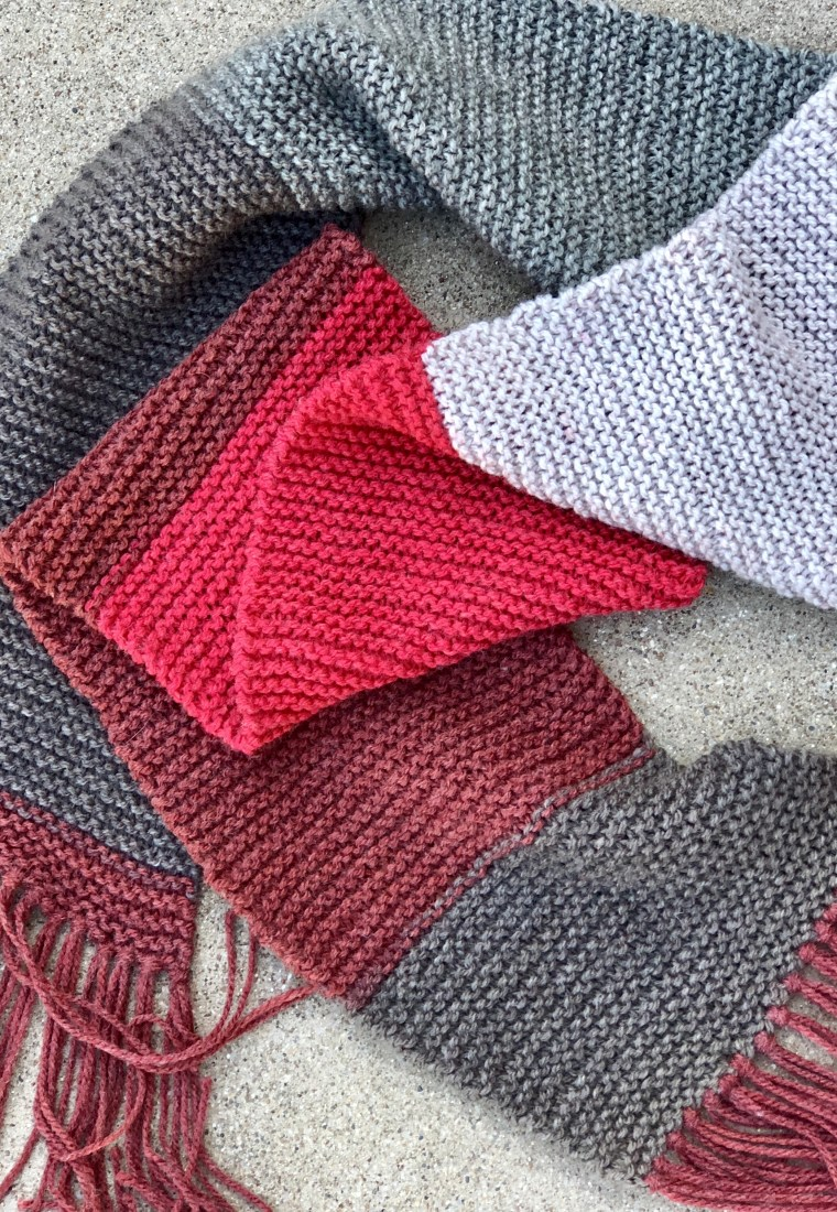 Free Pattern Review: Caron Cakes Basic Knit Scarf