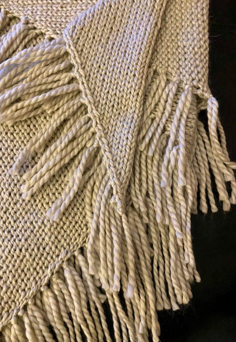 Self fringing shawl  – free knitting pattern