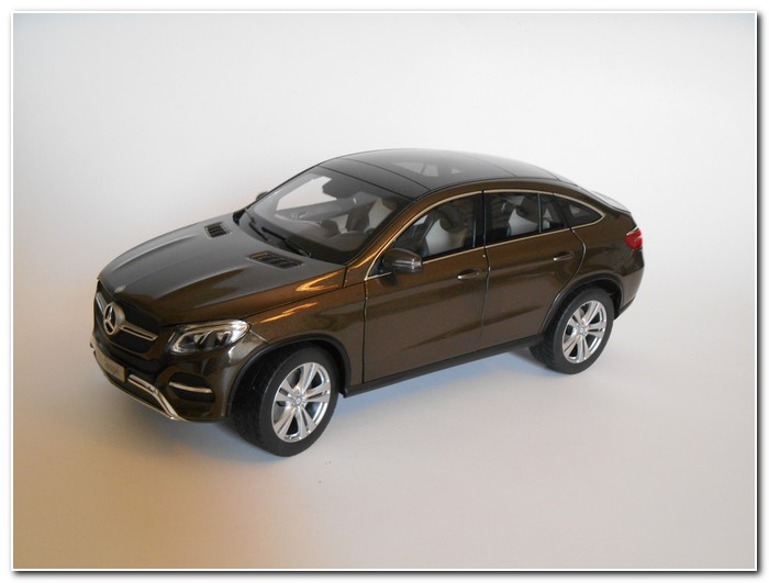 Norev mercedes benz promotional models mar online for Mercedes benz online
