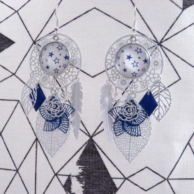Boucles d'oreilles cabochons étoiles bleues et blanches