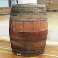 Decor : Half wine barrels
