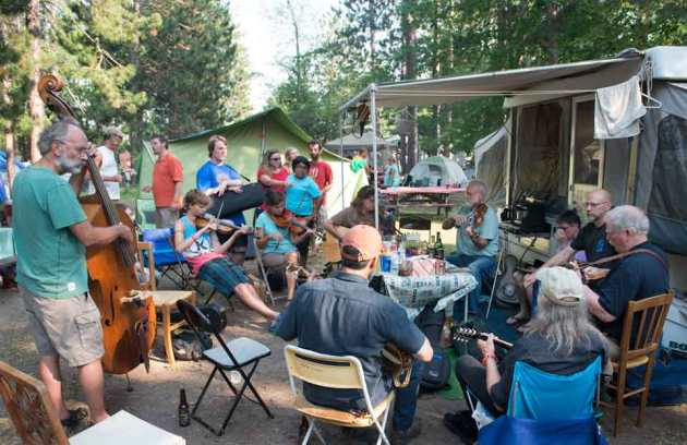 hiawatha_music_festival_generational_jam_session_photo