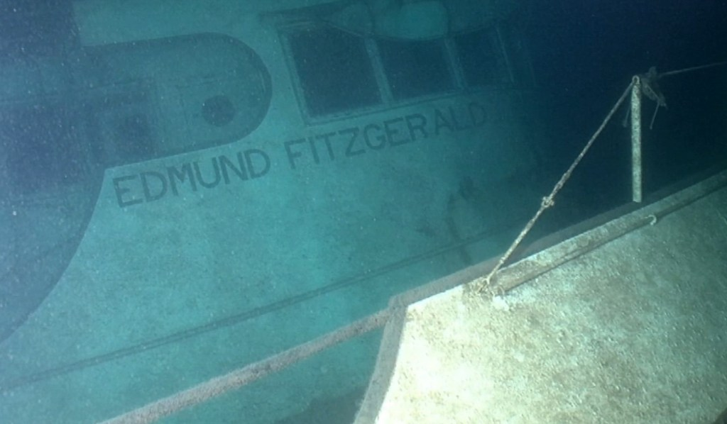 GLSHS_Underwater_Fitz_2