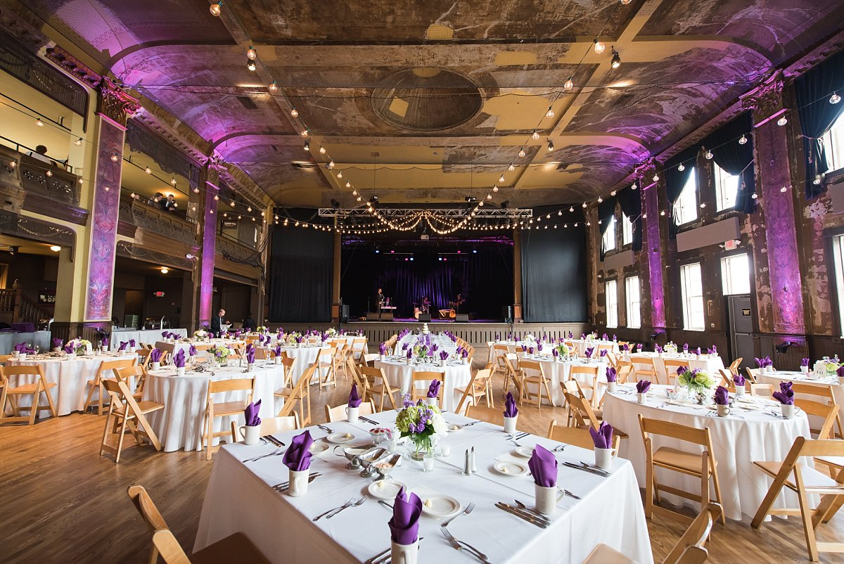 Milwaukee Wedding Venues Milwaukee Reception Halls sortable by capacity  MarriedinMilwaukeecom