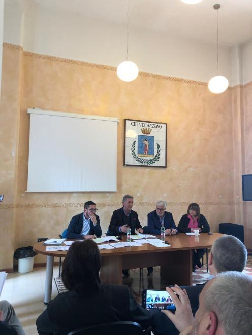 CONF. STAMPA RIDOLFI PIERLEONI SU MERCATO 26 APR. 2019 (1)