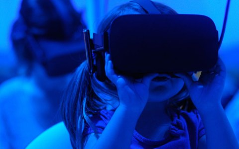 child using VR