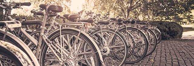 rowery rower pieniadze konsumpcjonizm wydaję za dużo pieniędzy kupuję za dużo rzeczy