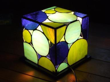 Lampada cubo blu