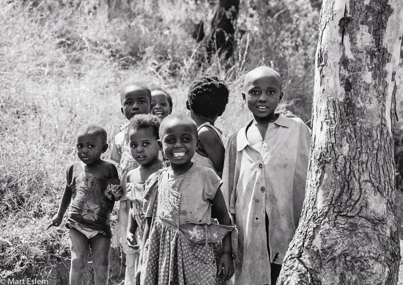 Afrika, Rwanda, Gisenyi, sirotci, děti [Mart Eslem]