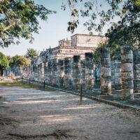 """Chrám bojovníků """"Templo de los Guerreros"""", Chichén Itzá, Yucatán, Mexiko (Mart Eslem)"""