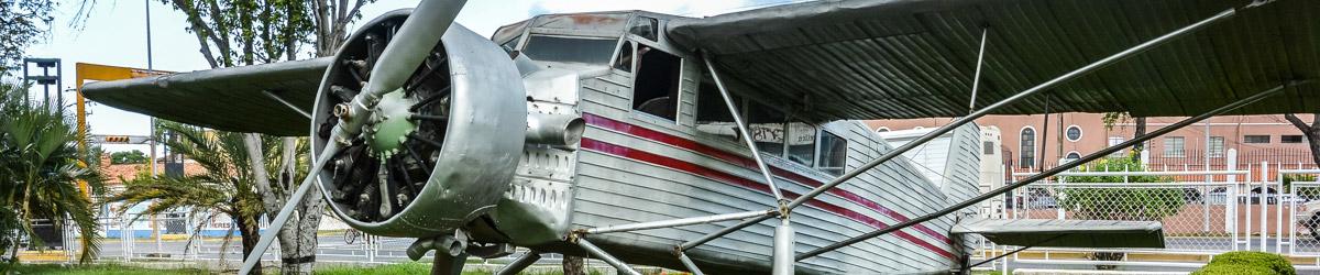 Letadlo Rio Caroni Airplane, které v roce 1937 objevilo nejvyšší vodopád světa (Mart Eslem)