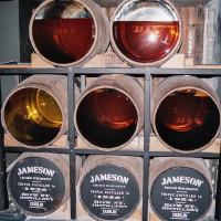 Ukázka zrání whiskey Jameson (Mart Eslem)
