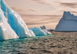 Ledová zákoutí Lemairova kanálu(Mart Eslem)