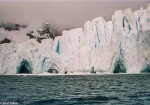 Ledová scenérie v Paradise Bay(Mart Eslem)