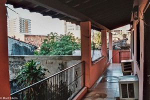 Pavlač v hotelu Sheik v Asunciónu – Asunción, Paraguay [Mart Eslem]