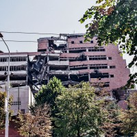 Mementa občanské války v Bělehradě (Mart Eslem)