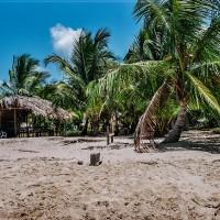 Obydlí indiánů přímo na pláži (Mart Eslem)